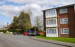 Flat To Let Royal Wootton Bassett Swindon Wiltshire SN4