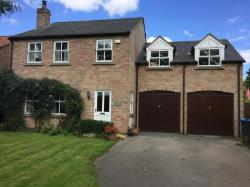 Detached House To Let Thornton Le Moor Northallerton North Yorkshire DL7