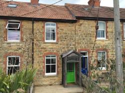 Terraced House To Let  Sherborne Dorset DT9