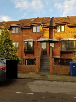 Flat For Sale The Causeway London Greater London N2