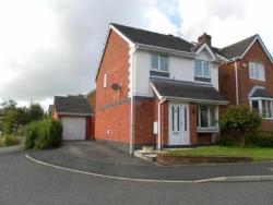 Detached House To Let  Bury Greater Manchester BL9