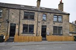 Flat To Let  Bradford West Yorkshire BD2