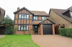Detached House To Let  Hayes Middlesex UB4