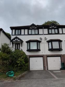 Semi Detached House To Let  Deganwy Conwy LL31