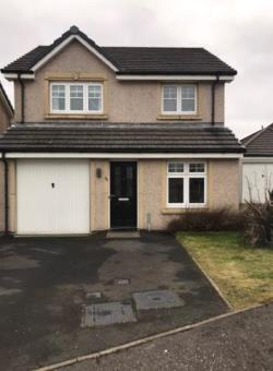 Detached House For Sale  Kelty Fife KY4