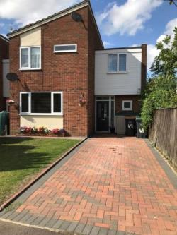 Detached House For Sale Thurleigh Bedford Bedfordshire MK44
