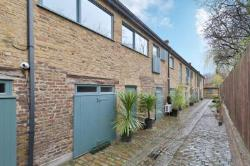 Terraced House For Sale  London Greater London N1
