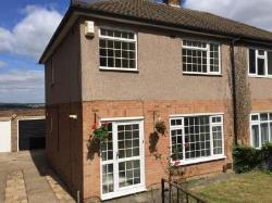 Semi Detached House To Let  Rochester Kent ME1