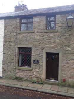 Terraced House To Let  Preston Lancashire PR3