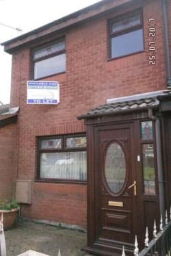 Terraced House To Let  St. Helens Merseyside WA9