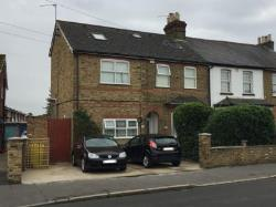 Flat To Let  Feltham Middlesex TW14