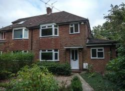 Semi Detached House To Let  Reading Berkshire RG7