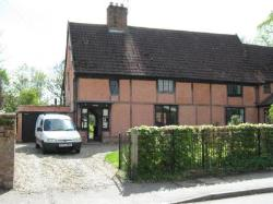Semi Detached House To Let  Bury St. Edmunds Suffolk IP31