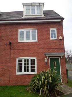 Semi Detached House To Let  Liverpool Merseyside L15