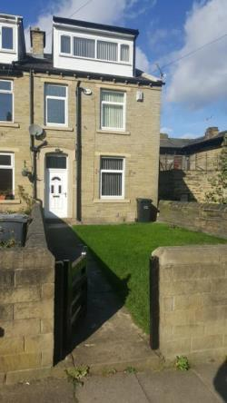 Terraced House To Let  Bradford West Yorkshire BD5