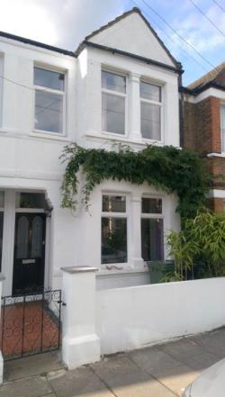 Terraced House To Let  London Greater London SE4
