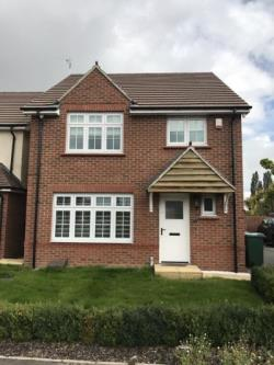 Detached House To Let  Nuneaton Warwickshire CV10