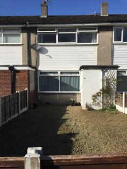 Terraced House To Let  Manchester Greater Manchester M31