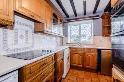 Detached House To Let  Mold Flintshire CH7