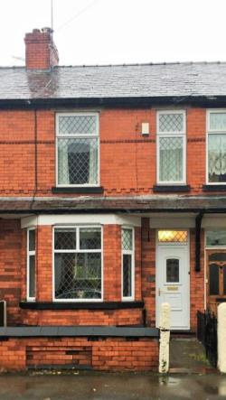 Terraced House To Let  Manchester Greater Manchester M41