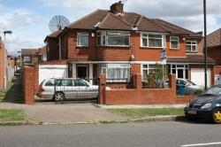Semi Detached House To Let  Stanmore Middlesex HA7