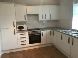 Terraced House To Let  Stockport Greater Manchester SK6