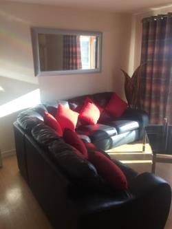 Flat To Let  Wakefield West Yorkshire WF1