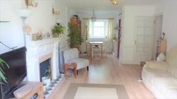 Flat To Let  Pinner Middlesex HA5