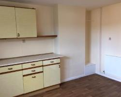 Terraced House To Let  Newark Nottinghamshire NG22