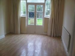 Detached House To Let  London Greater London SW20
