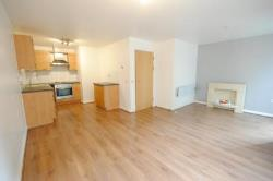 Flat To Let  Manchester Greater Manchester M31