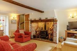 Terraced House To Let  Beaminster Dorset DT8