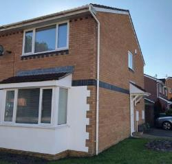 Terraced House To Let  Cardiff Glamorgan CF14