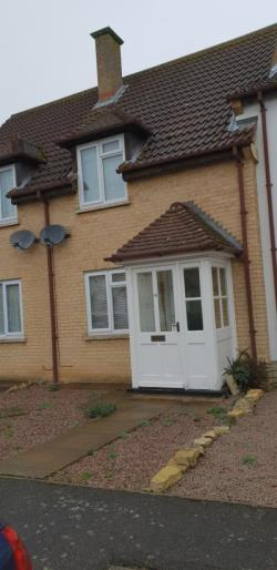 Terraced House To Let  Peterborough Lincolnshire PE6