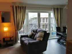 Flat To Let  London Greater London NW7