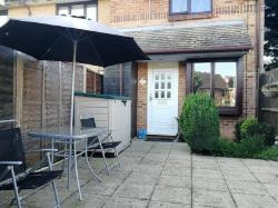 Terraced House To Let  Ruislip Middlesex HA4