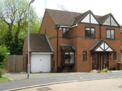 Semi Detached House To Let  Daventry Northamptonshire NN11