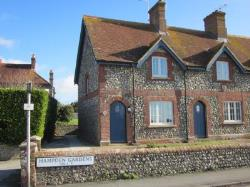 Terraced House To Let  Lewes East Sussex BN8