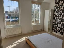 Terraced House To Let  London Greater London E1