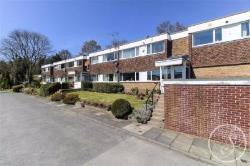 Flat For Sale  Alwoodley North Yorkshire LS17
