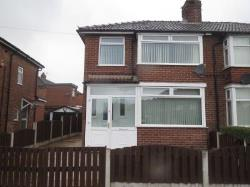 Semi Detached House To Let  Droylsden Greater Manchester M43