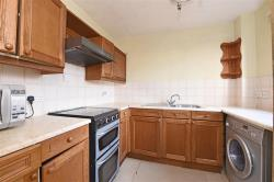 Flat To Let   Greater London SW19