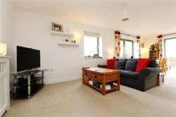 Flat To Let   Greater London SW17
