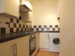 Flat To Let  Seven Kings Essex IG3