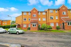 Flat To Let  Goodmayes Essex IG3