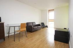 Flat To Let  Barking Essex IG11