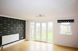 Terraced House To Let  South Ockendon Essex RM15