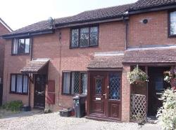 Terraced House To Let Grange Park Swindon Wiltshire SN5