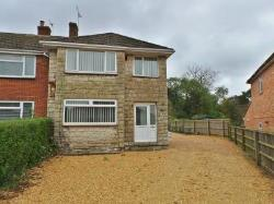 Terraced House To Let Royal Wootton Bassett Swindon Wiltshire SN4