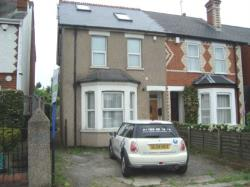 End Terrace House To Let  Reading Berkshire RG2